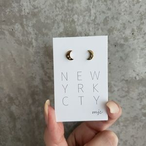 Crescent Moon and Cut Out Stars Stud Earrings